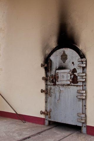 Crematoriumdoor_MarkFischer