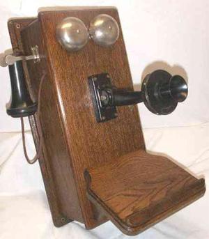 Phone_Smithsonian_circa1913