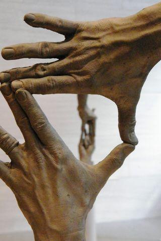 Hands_sarahvain