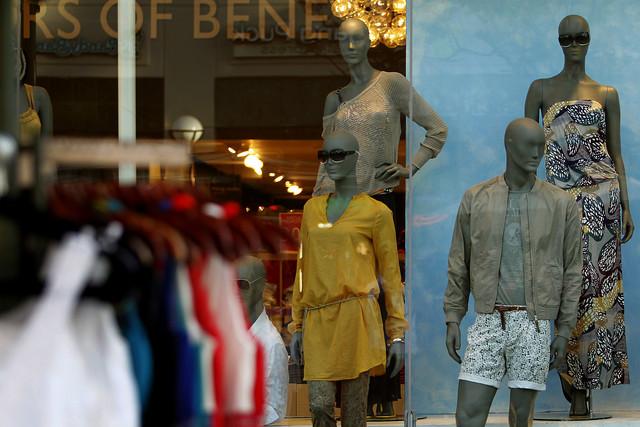 Mannequins_Benneton_Bloomberg