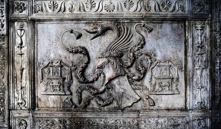 Dracula_tomb_Naples