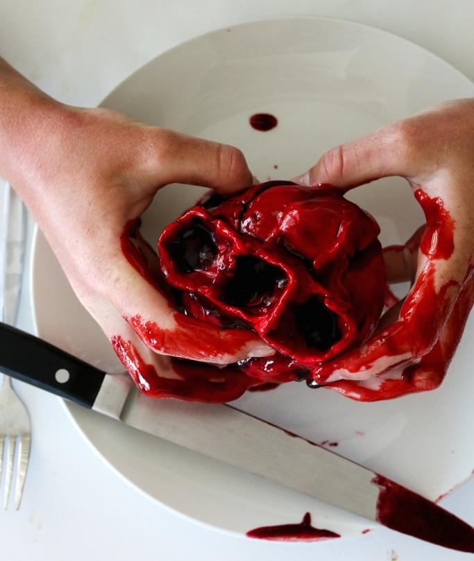 Bleeding-Heart-Cakes-26-683x1024