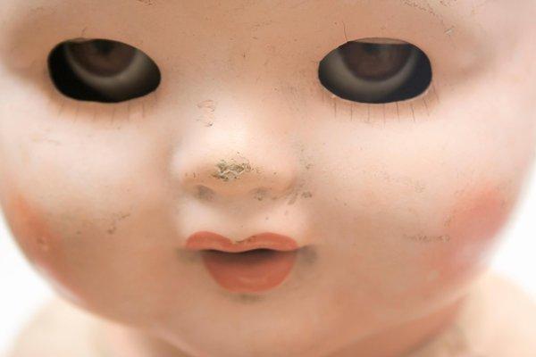 Creepy doll Smithsonian
