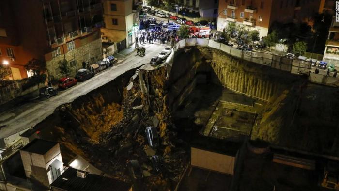 Sinkhole in Rome